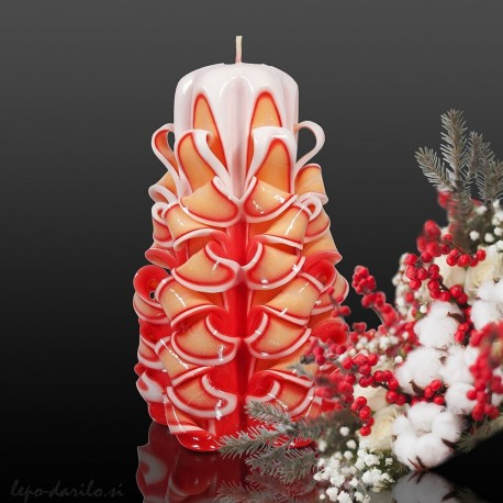 Carved candle 004
